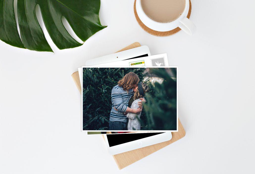Postkartenstapel Pärchen und Kaffeetasse