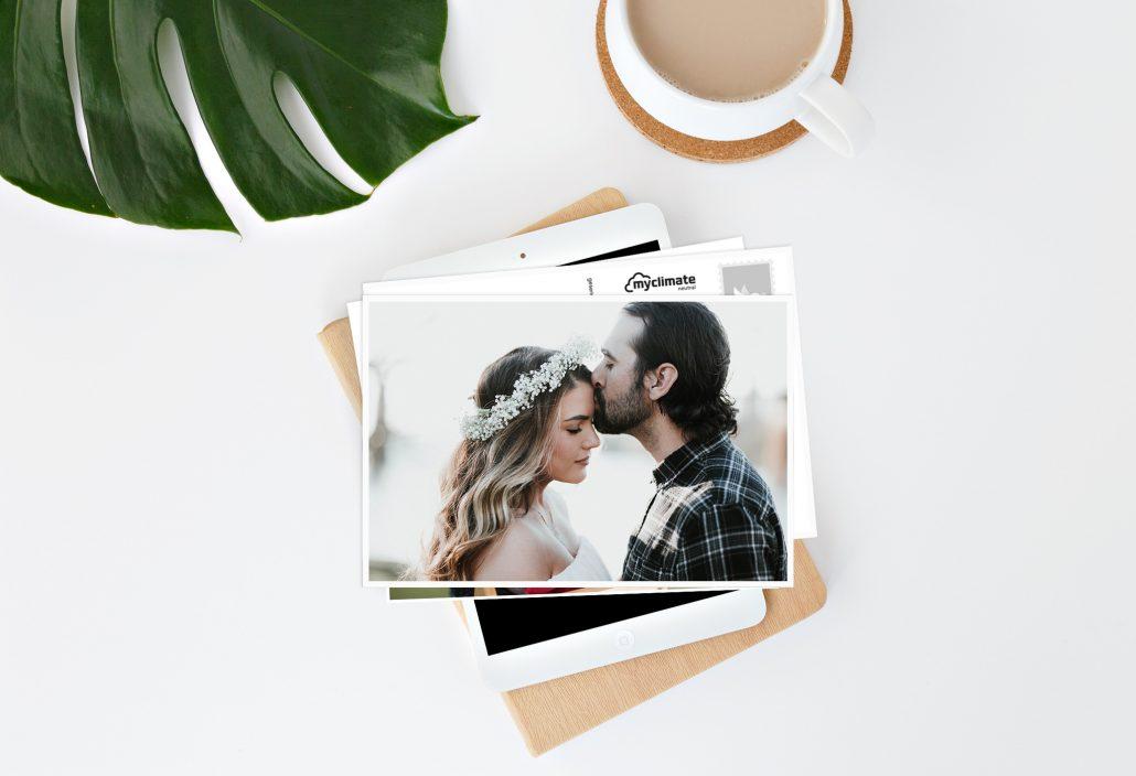 Postkarte mit Hochzeitspaar als Motiv